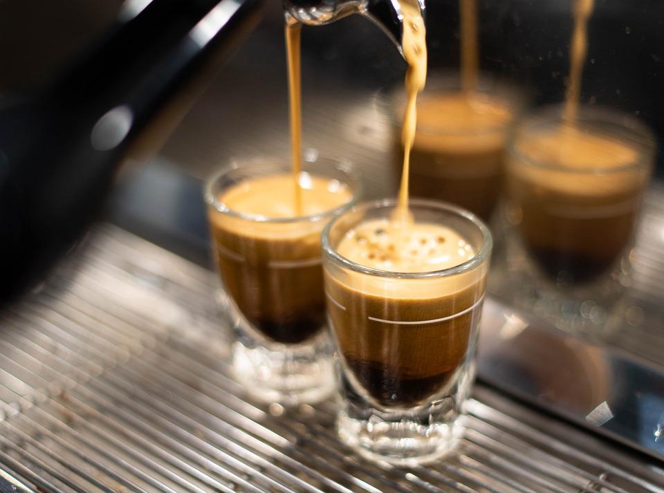 Ženklai išduodantys, jog jūsų kavos aparatui reikalingas remontas